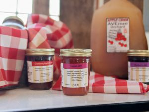Avenue Orchard Tropical Jam